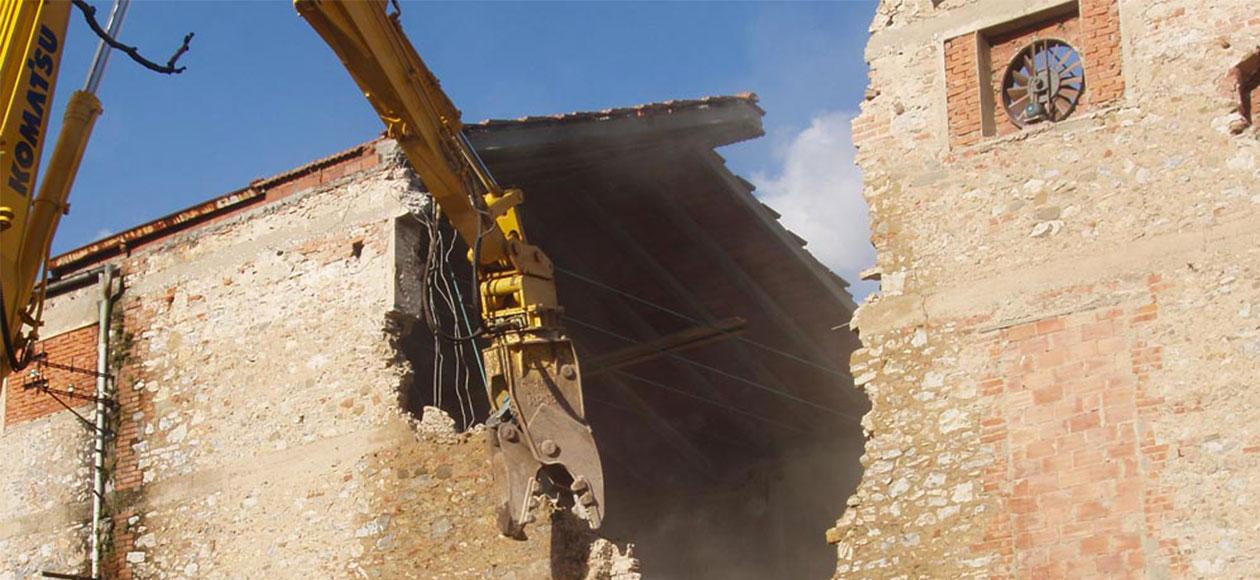 ferretti-slide-DEMOLIZIONE Ferretti Costruzioni